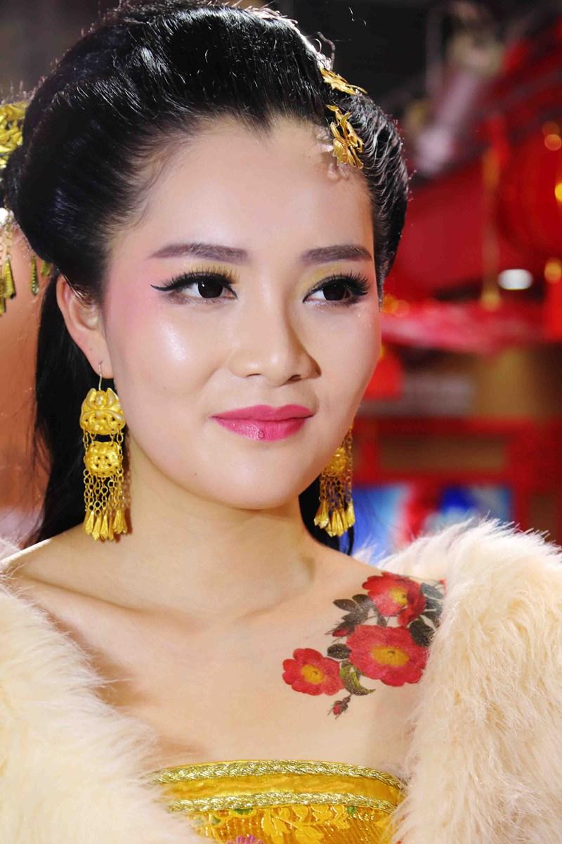 古装模特----------2016上海婚纱摄影器材展