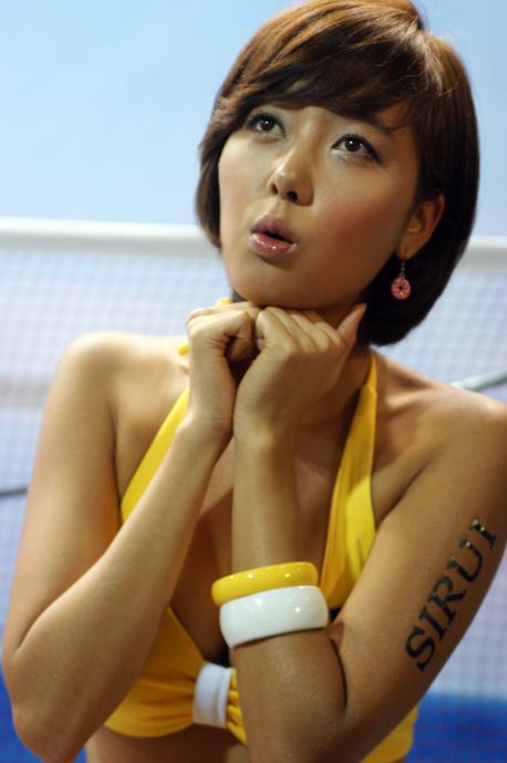 韩国模特李秀贞小姐
